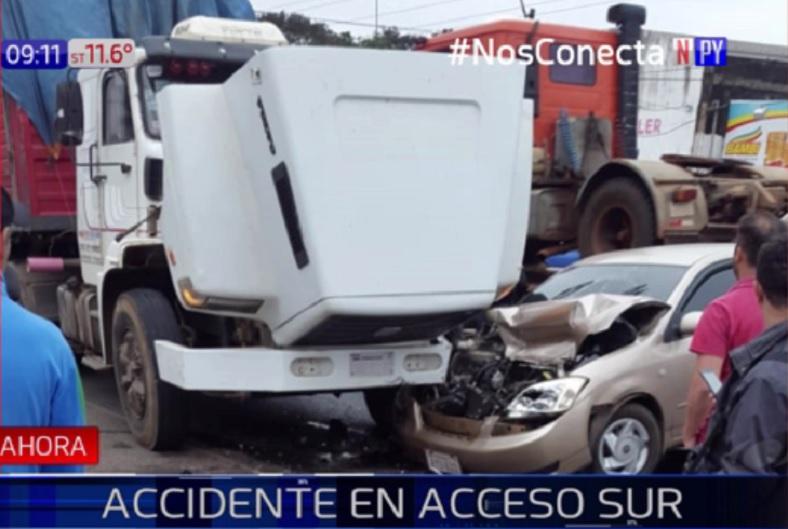 Grave accidente sobre Acceso Sur