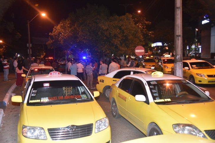 MUV toma medidas ante violencia de taxistas