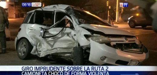 Dos heridos tras violento choque en San Lorenzo