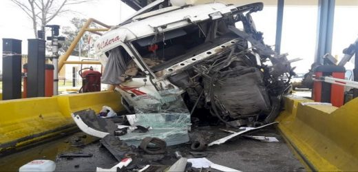 Camionero paraguayo involucrado en grave accidente