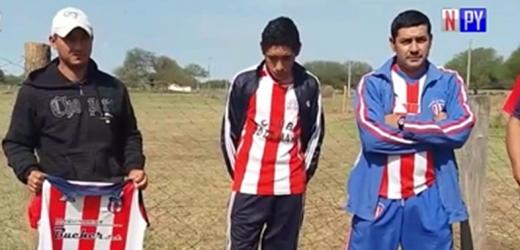 Equipo de fútbol defiende a sospechosos de cuádruple crimen