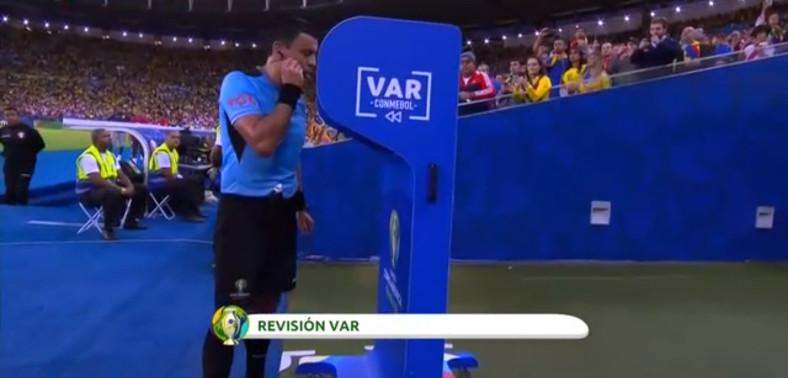 Así funciona el VAR según los seguidores de Messi