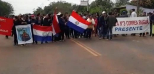 Pobladores de San Pedro del Ycuamandiyú cierran ruta y exigen asfalto