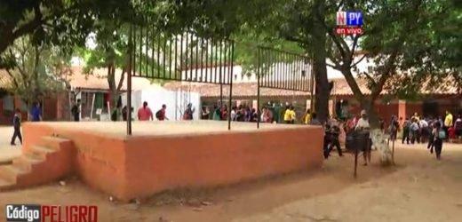 Pitbull ingresa a escuela y ataca a tres niños