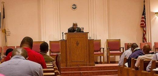 Pastor desacata confinamiento organizando cultos y muere por Covid-19