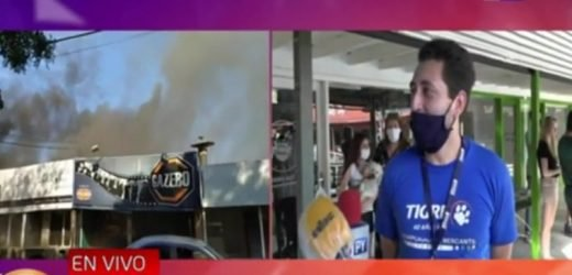 Asunción: Centro comercial arde en llamas