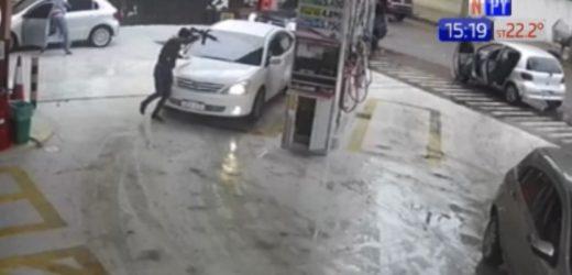 Captan asalto en estación de servicios de Fernando de la Mora