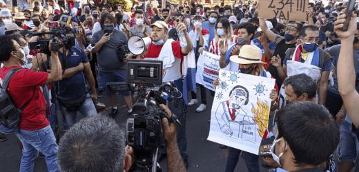 Tercer día de manifestación se desarrolla sin incidentes