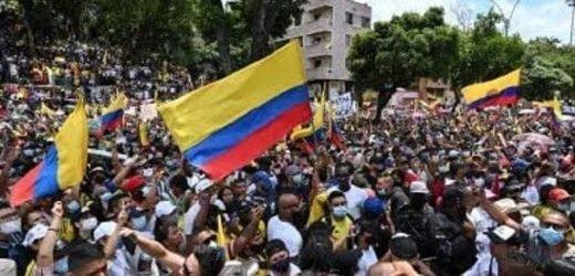 Protestas en Colombia acaban con 19 muertos y cientos de heridos