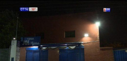 Villa Elisa: Roban tienda de tejidos