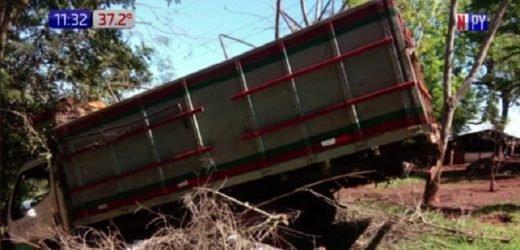 Trágico accidente: Bebé de 8 meses muere arrollado por un camión