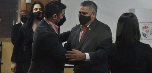 Candidata pide investigación penal para César Ojeda y Nenecho Rodríguez