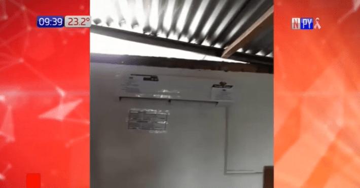 Temporal se lleva parte del techo de la sede fiscal en Misiones